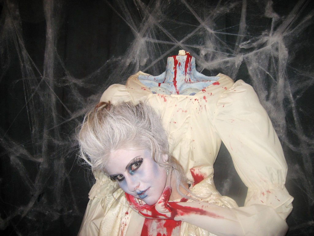 Headless Marie Antoinette Costume From Makezine