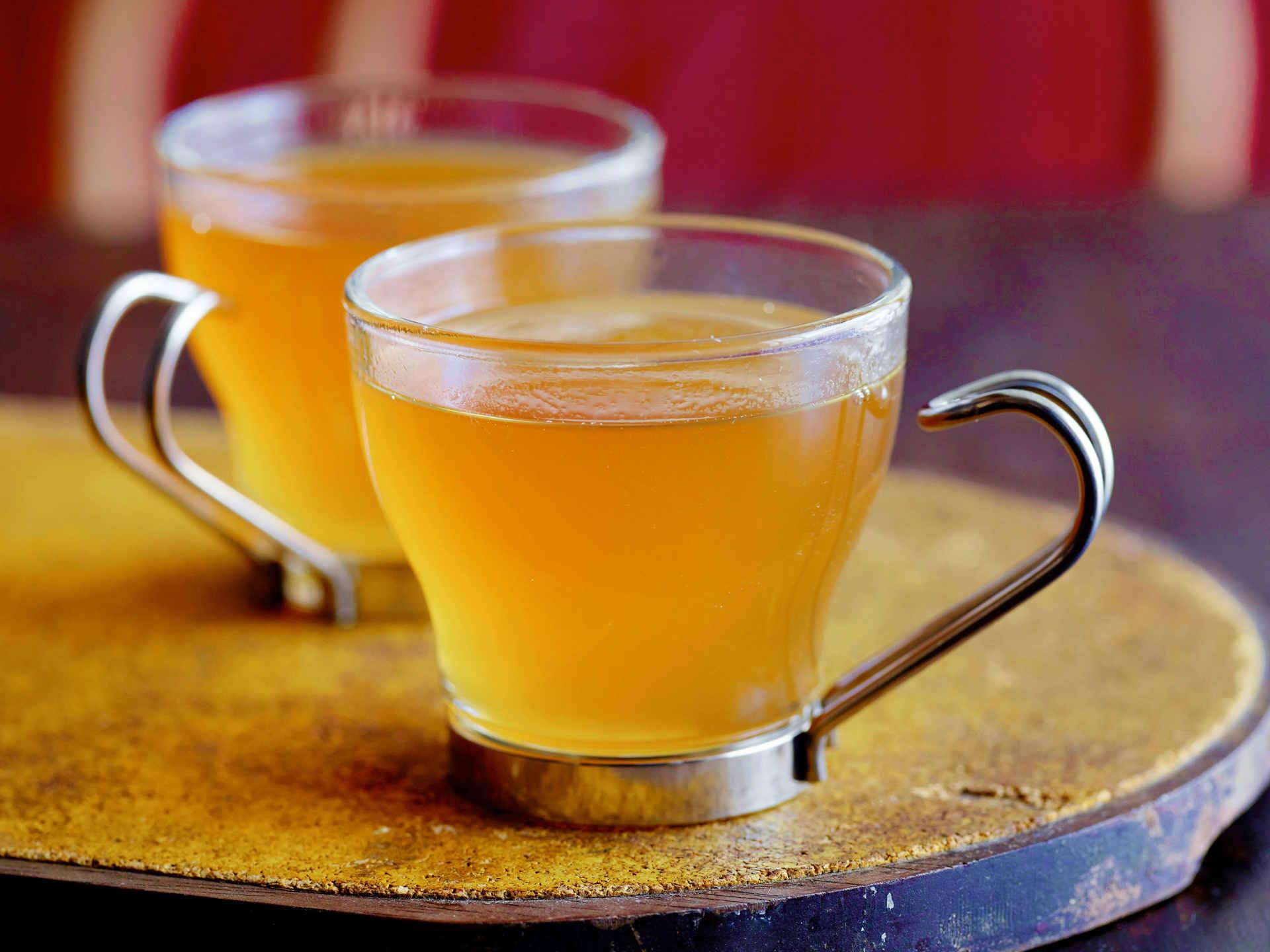 Hot Lemon Toddy for sore throat