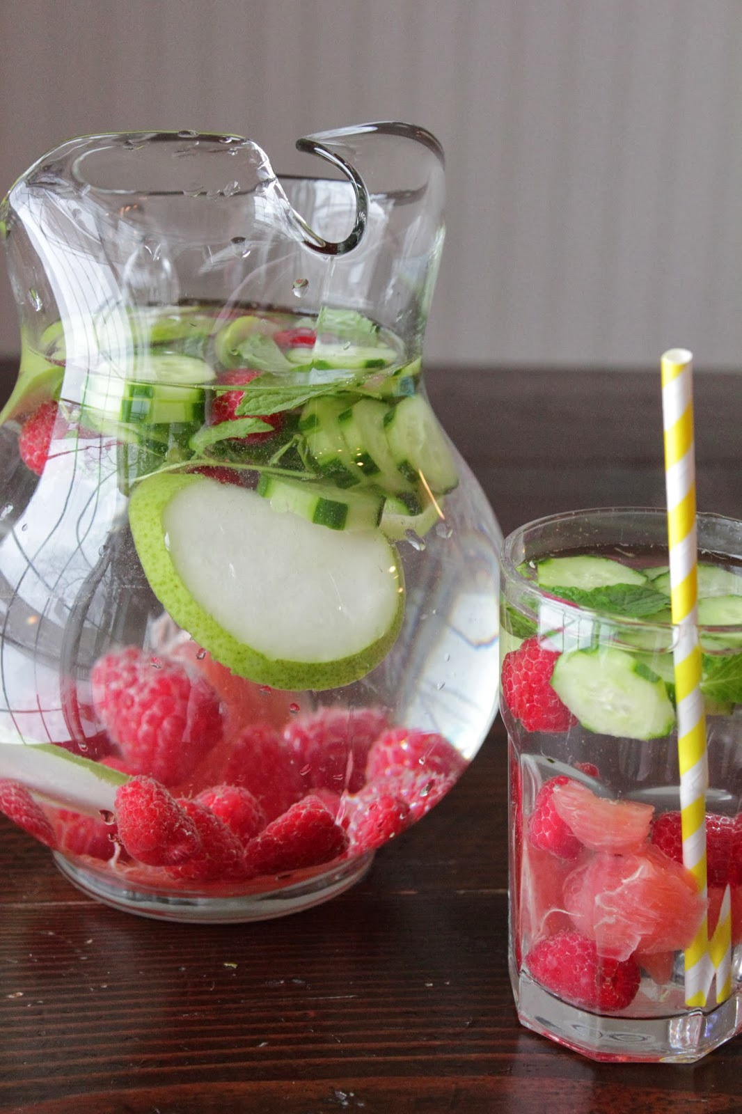 Detox Water Recipes to Burn Fat and Cleanse Your Body