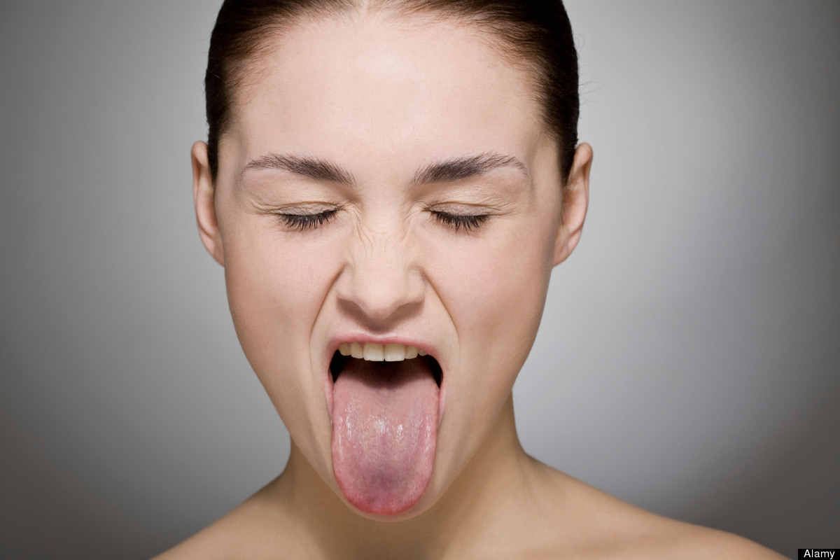 Free your tongue - facial exercise to lose face fat