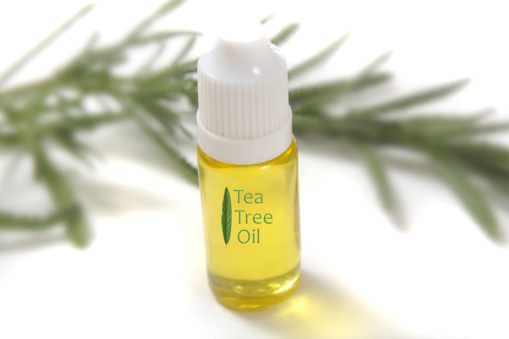 Tea tree oil - An natural dandruff shampoo