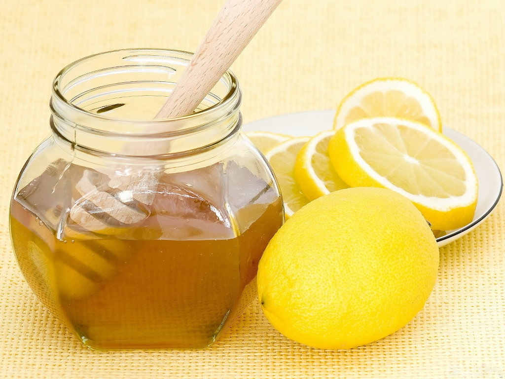 Watch How To Use Lemon Juice For Acne Scars video