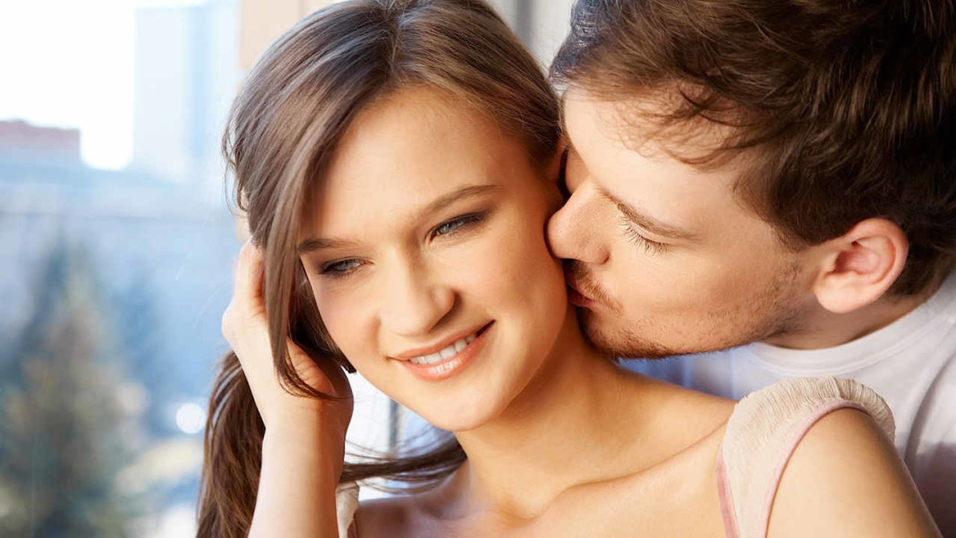 how to kiss a girl on the neck № 256612