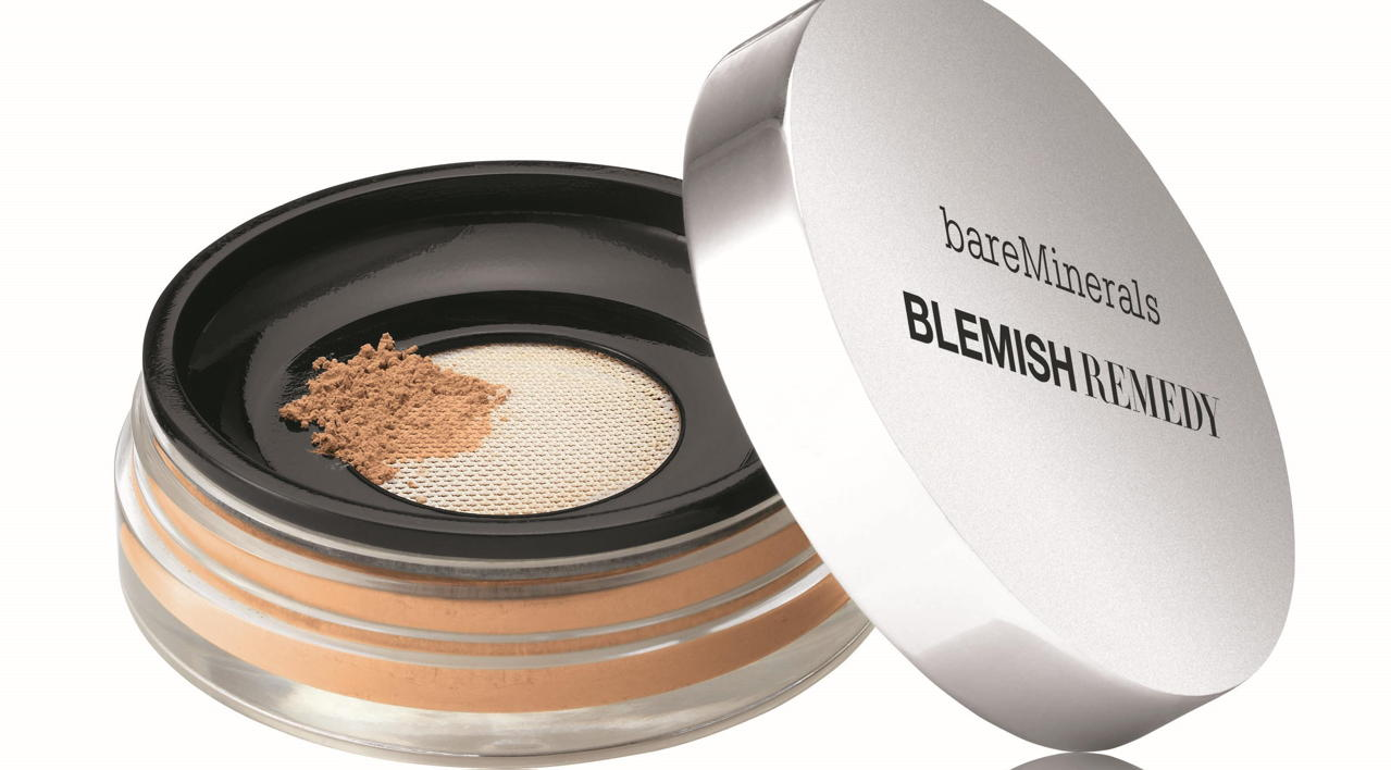 Bare minerals and facial blemishes