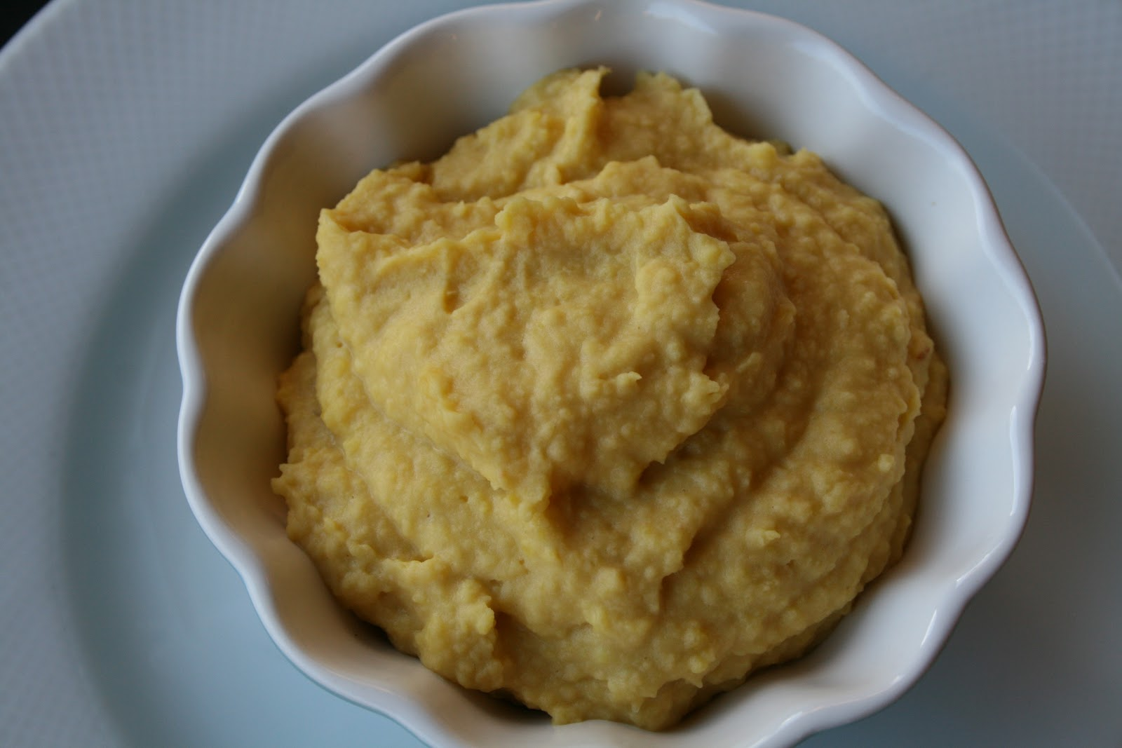 Golden Hummus is a must have for your Low Sugar Diet Plan